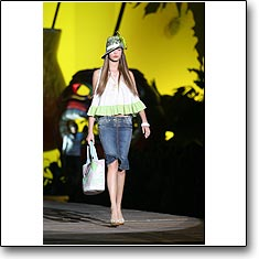 Just Cavalli Fashion show Milan Spring Summer '06 © interneTrends.com