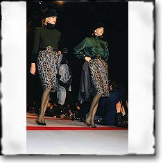 Valentino Fashion Show Paris Fall Winter '86 '87 © interneTrends.com classic