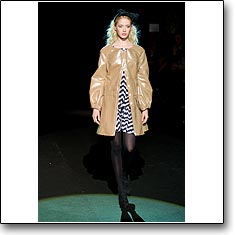 Normaluisa Fashion Show Milan Autumn Winter '08 '09 © interneTrends.com model Gemma
