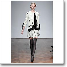 CLICK for Marco de Vincenzo Autumn Winter 11 12