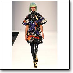 Manish Arora Fashion show London Autumn Winter '07 '08 © interneTrends.com