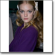 Click here to view beautiful Lindsay Ellingson internetrends portfolio