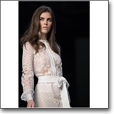Click here to view beautiful Hilary Rhoda  internetrends portfolio