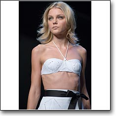 Click here to view beautiful Jessica Stam internetrends portfolio
