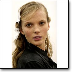 Click here to view beautiful Anne Vyalitsyna internetrends portfolio