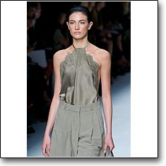 Click here to view beautiful Jacquelyn Jablonski internetrends portfolio